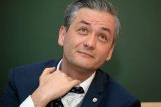 Robert Biedroń, pierwszy polski polityk który się przyznał, że jest gejem postanowił ujawnić innego polityka o tej orientacji.
