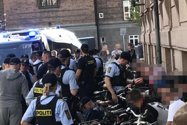 Mecz się jeszcze nie zaczął, ale zadyma już jest. Kilkudziesięciu polskich kibiców zatrzymano w stolicy Danii.