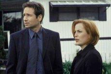 """Mulder i Scully - bohaterowie serialu """"Z Archiwum X"""" to jedna z najbardziej znanych par detektywów."""
