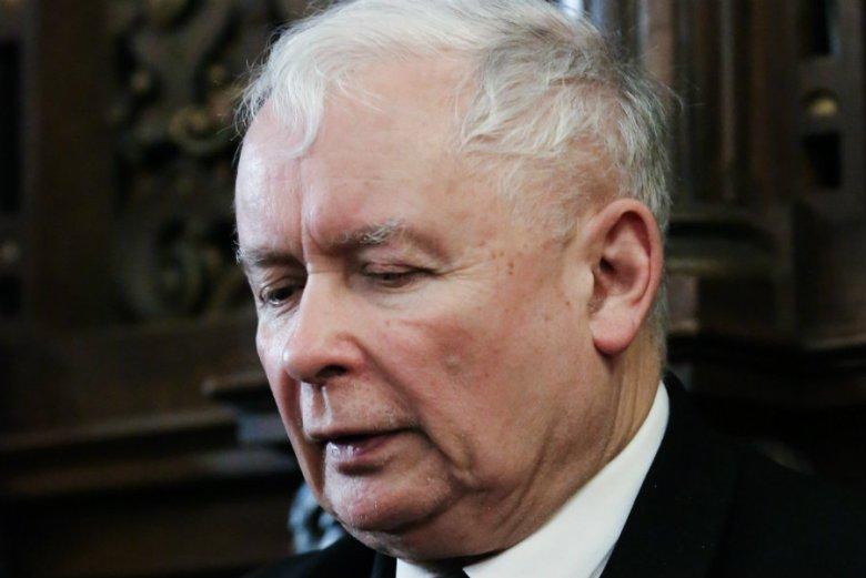 Anna Bielecka odwiedziła prezesa Kaczyńskiego w szpitalu na Szaserów.