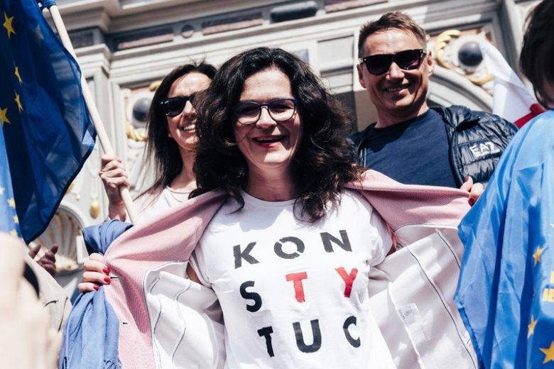 Święta Wolności i Solidarności. Obchody rocznicy 4 czerwca 1989 r. odbędą się w Gdańsku. Z tej okazji prezydent miasta Aleksandra Dulkiewicz pokazała spot.