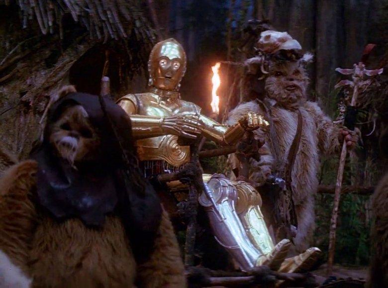 """C3PO zapamiętaliśmy jako """"tego całego złotego robota""""."""