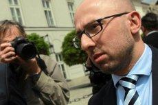 Krzysztof Łapiński wyjaśnił dziś, dlaczego sędziowie muszą iść na emeryturę, a posłowie nie.
