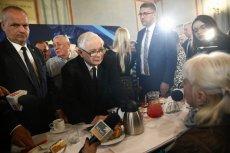 Jarosław Kaczyński unika składania deklaracji przed kamerami. Szczególnie wtedy, gdy są to kamery niepisowskich stacji.
