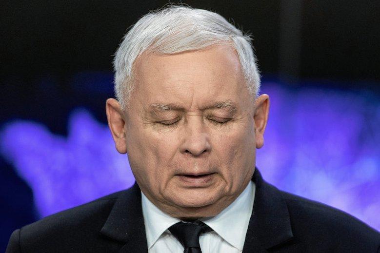 Jarosław Kaczyński nie uznaje sytuacji w Senacie wprost za porażkę.