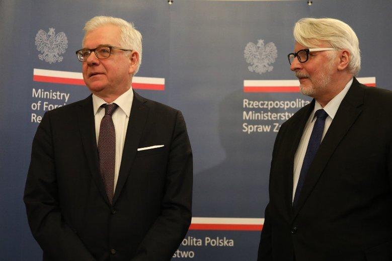 Wirtuozi polskiej dyplomacji, minister Jacek Czaputowicz i były szef MSZ Witold Waszczykowski.