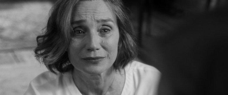 Kristin Scott-Thomas jako Janet
