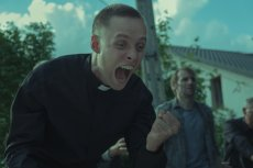 """Film """"Boże ciało"""" został zainspirowany prawdziwą historią. Pierwowzór księdza jednak nie jest zachwycony"""