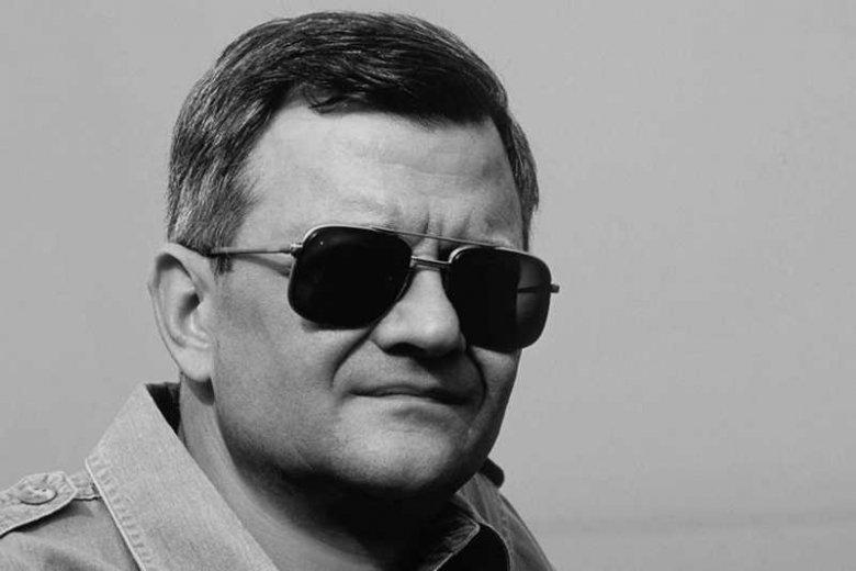 """Nie żyje Tom Clancy, pisarz, autor znanych powieści akcji, takich jak """"Polowanie na Czerwony Październik"""" czy """"Czas patriotów""""."""