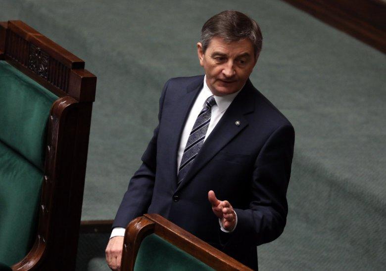 """Marszałek Sejmu Marek Kuchciński został odznaczony tytułem """"Honorowego Obywatela Przemyśla"""". Posłowie opozycji pytają, co takiego zrobił dla tego miasta."""