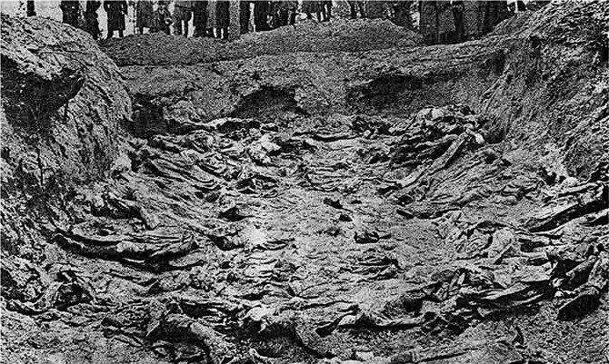 Doły katyńskie. Ekshumacje z 1943 roku.