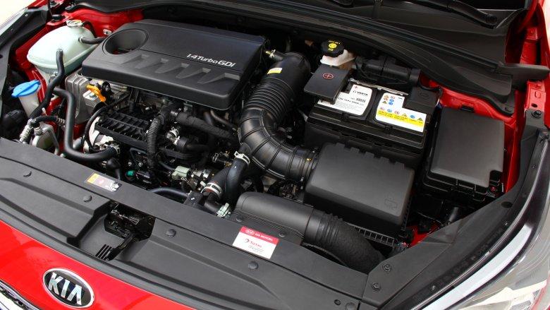Silnik 1,4 GDi Turbo znakomicie sobie radzi z rozpędzaniem samochodu.