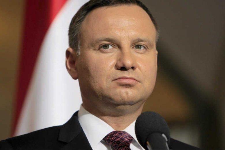 Andrzej Duda obiecał pomóc frankowiczom, ale zawiódł.