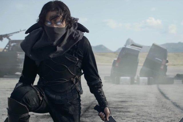 """""""Guardians"""", którego premiera w Rosji odbędzie się 27 lutego 2017 roku, opowiada historię 4. superbohaterów żyjących w alternatywnej zimnowojennej rzeczywistości"""