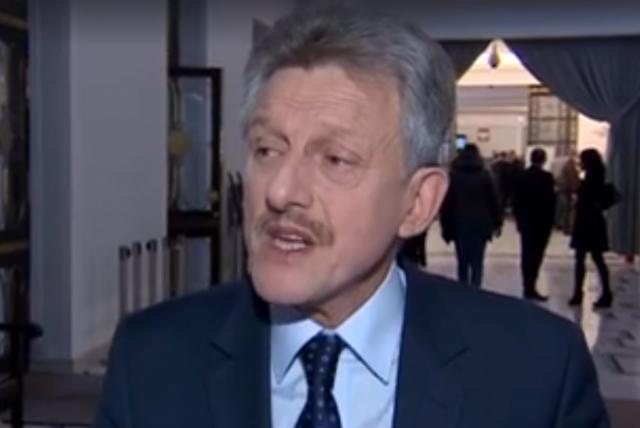 Poseł Piotrowicz jest szefem sejmowej komisji sprawiedliwości i praw człowieka.