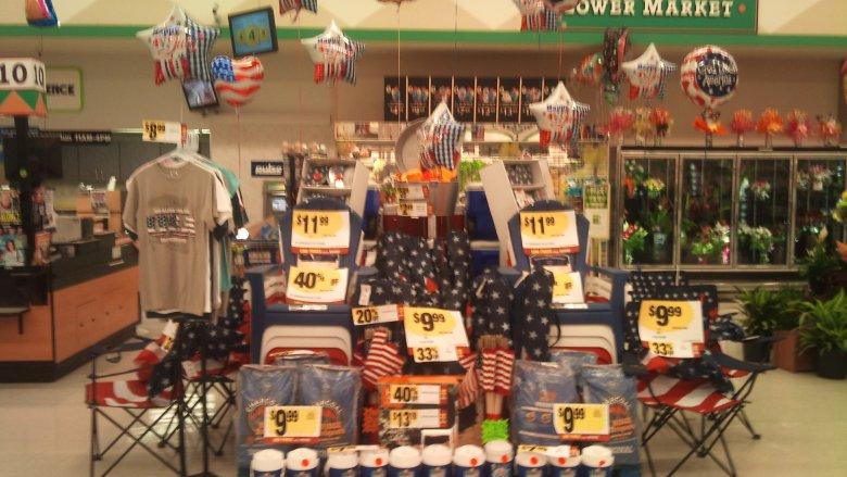 flagowy szał w sklepach
