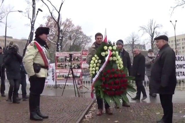 Jarosławowi Kaczyńskiemu najwyraźniej spodobało się bycie naczelnikiem.