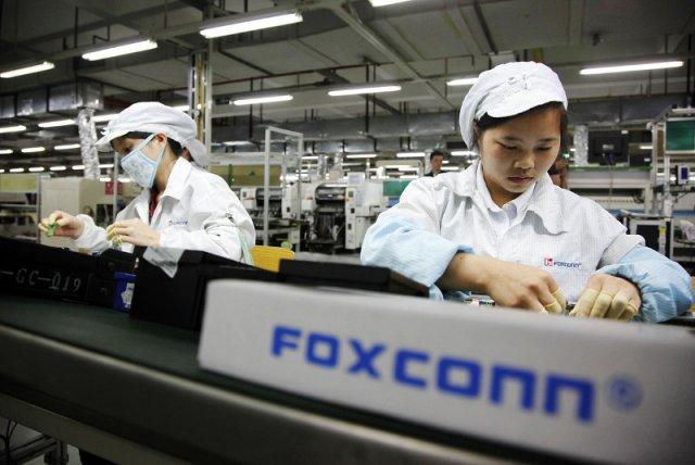 Chiński poddostawca Apple zwolni 60 tys. pracowników. Ich obowiązki w fabryce przejmą roboty
