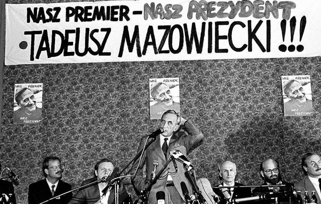 Tadeusz Mazowiecki w czasie kampanii prezydenckiej, 1990 rok
