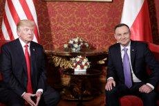 Artykuł autorstwa dziennikarzy Onetu wspomina o zakazie dwustronnego kontaktu na najwyższym szczeblu między USA i Polską.