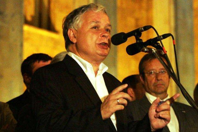 """Lech Kaczyński mówił w Gruzji w 2008 roku: """"Dzisiaj Gruzja, jutro Ukraina, potem być może Polska""""."""