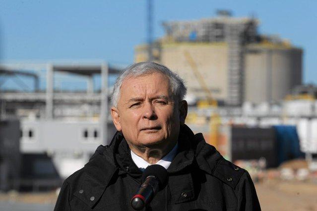Co prezes Jarosław Kaczyński wymyśli, finansuje się później – a to z energii, a to z paliwa.