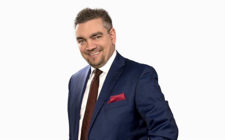 dr Adam Drozdowski, CFA, CIIA
