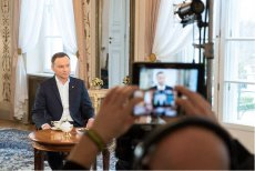Andrzej Duda relacjonował rozmowęz Beatą Szydło. – Nie damy rady – miała powiedzieć.