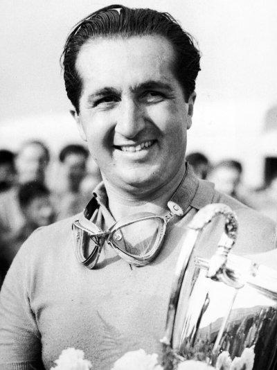 Kierowca legenda lat 50-tych Alberto Ascari. Geniusz, a może szaleniec? W motorsporcie granica jest bardzo cieńka