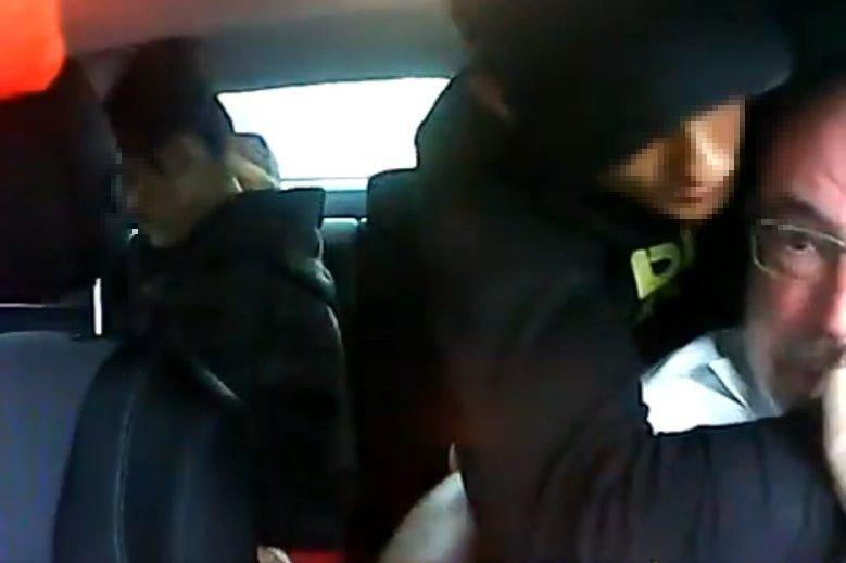 17-latek i jego 16-letnia dziewczyna napadli w Warszawie na taksówkarza.