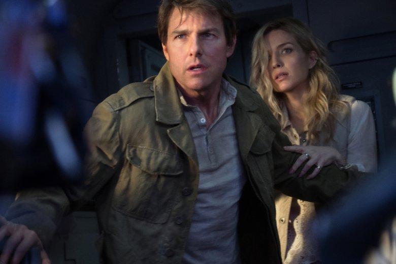 Tym razem z przebudzoną mumią ze starożytnego Egiptu zmierzy się Tom Cruise w roli najemnika Nicka Mortona. Na zdjęciu z Annabelle Wallis, która w filmie gra badaczkę Jenny Halsey.