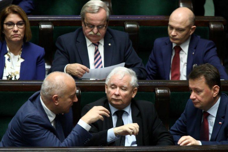 Joachim Brudziński i Mariusz Błaszczak - obaj od lat są typowani na zastępców prezesa PiS, Jarosława Kaczyńskiego.