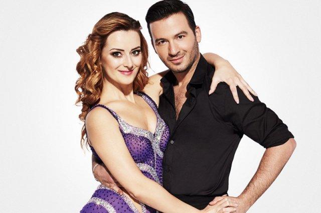 Iwona Cichosz -Miss Świata Głuchych 2016 tańczy w parze ze Stefano Terrazzino.