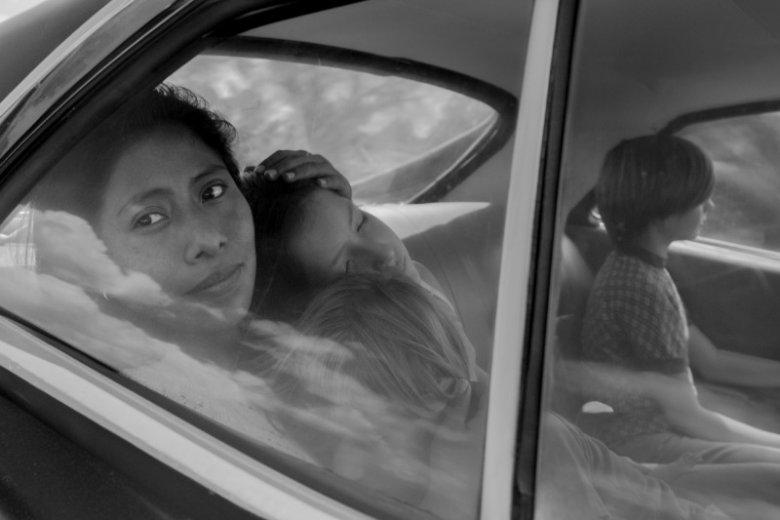 """Yalitza Aparicio z wykształcenia jest nauczycielką. Jej debiutancka rola w filmie """"Roma"""" może jej jednak przynieść Oscara"""