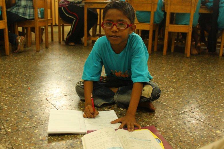 Hrithik, uczeń szkoły otwartej przez Fundację Akanksha