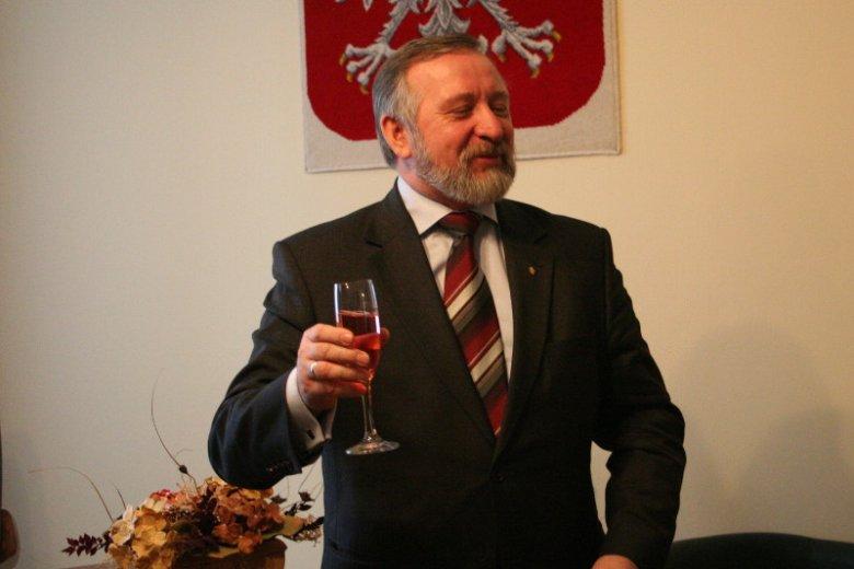Jan Bestry, były poseł Samoobrony, szefem Klubu Gazety Polskiej w Złoczowie.