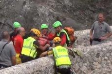 W Kalabrii w parku narodowym Pollino z powodu ulewnych deszczów zginęło 11 osób, a 2 wciąż uznaje się za zaginione. Udało się uratować 23 turystów.