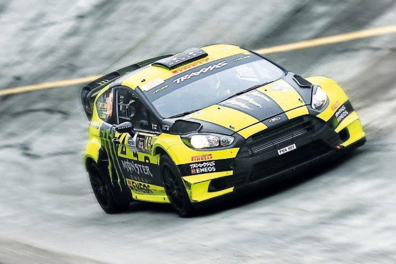 Olejami silnikowymi ENEOS posiłkują się również samochody wyścigowe