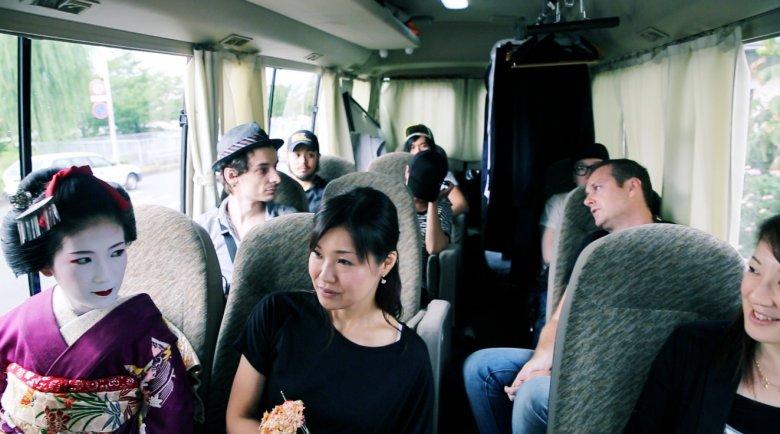 Bus z częścią naszej załogi