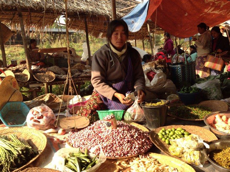 Targ Ywama. Jezioro Inle/Birma