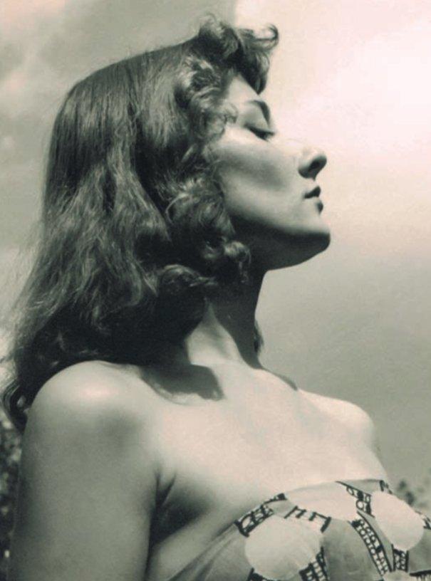 """""""zgarnij mnie oczyma/ będę drżała..."""", 1958"""