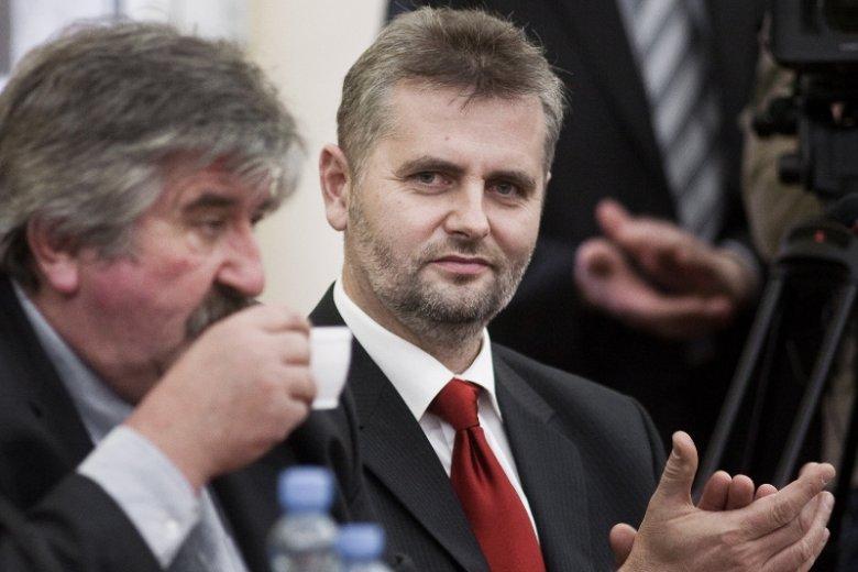 """Adam Śliwicki z PiS wygrał przedterminowe wybory w Krokowej - tradycyjnym """"mateczniku"""" Platformy Obywatelskiej. Wbrew sondażom."""