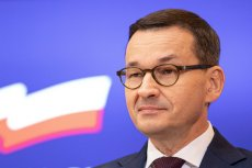 Mateusz Morawiecki chwali się opóźnieniem osiągnięcia przez Polskę neutralności klimatycznej, co ustalono podczas szczytu klimatycznego w Brukseli.