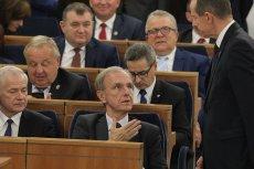 Senator Bogdan Klich oświadczył, że PiS groził senatorom opozycji, by zdobyć większość w Senacie.