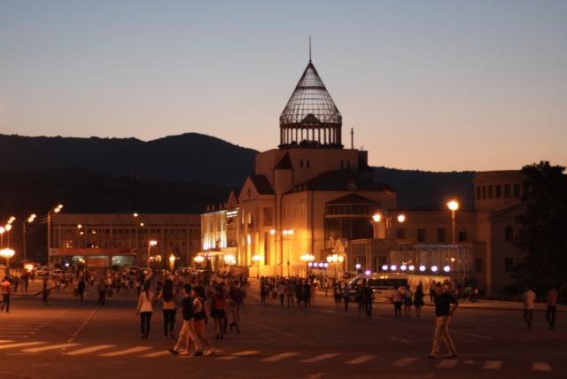 Stepanakert (azer. Xankəndi) – największe miasto i stolica separatystycznej Republiki Górskiego Karabachu / materiały autora