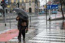 IMGW ostrzega przed ulewami w Wigilię w części Polski.