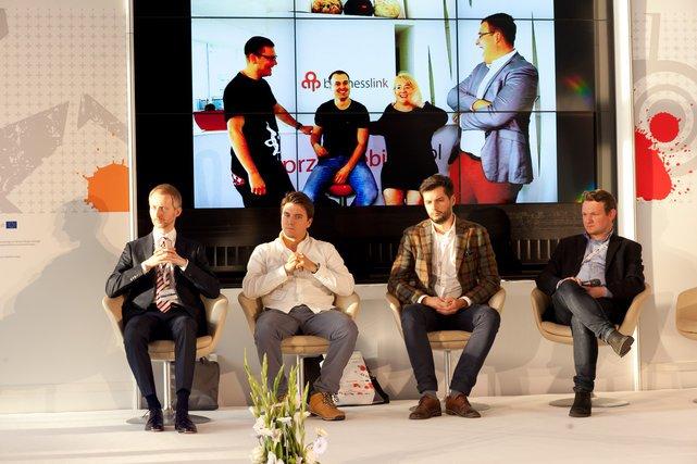 Startup Pitch z Jury od lewej: Piotr Ćwik WinVentures, Grzegorz Mottl Polska Przedsiębiorcza, Przedstawiciel NCBR i Michał Kramarz z Google Polska