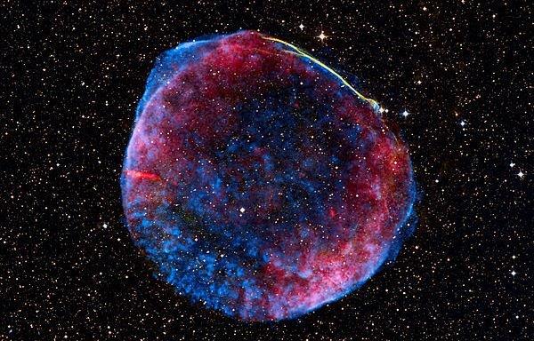 Pozostałość supernowej SN1006, wg danych NASA