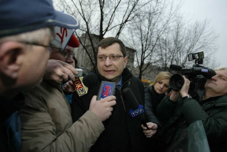 Zbigniew Stonoga - biznesmen, polityk, awanturnik. To on upublicznił akta z afery podsłuchowej.