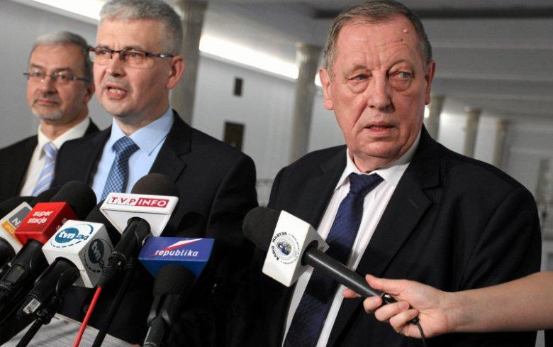Minister Szyszko na konferencji dotyczącej geotermii nie zamierzał odpowiadać na pytania dotyczące posiadanych nieruchomości.